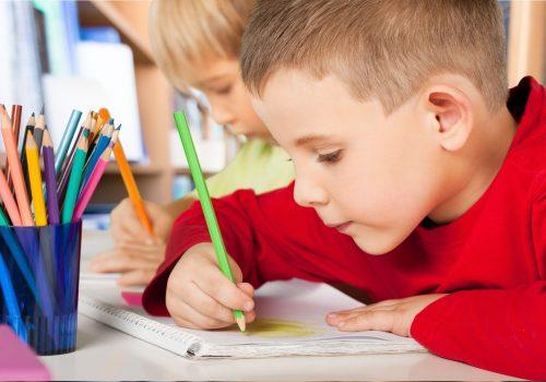 http://www.beylikduzuamerikankoleji.com/wp-content/uploads/2018/02/42634603-School-student-classroom-Stock-Photo-500x350.jpg